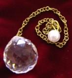Pendule boule de cristal petit modele